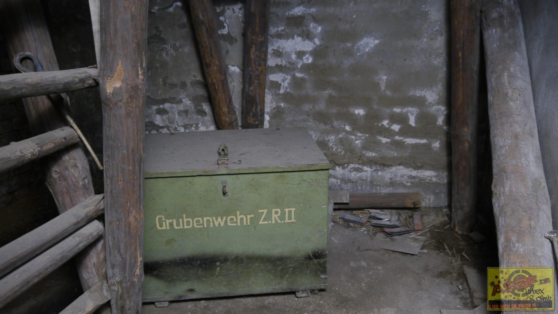ZeW121117-001