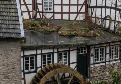 In der Altstadt von Monschau direkt an der Rur…