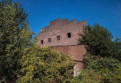 Zu Besuch in der alten Ziegelei Ruine